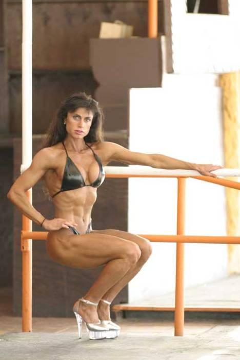 Mujeres musculosas, Patricia Criconia
