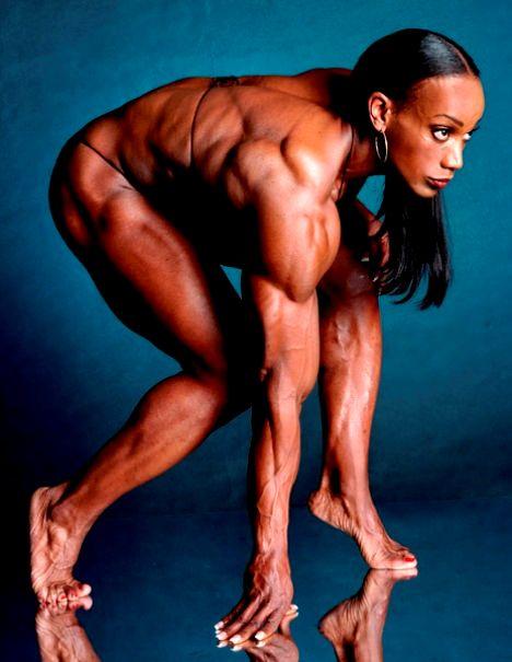 Mujeres Musculosas, Lenda Murray
