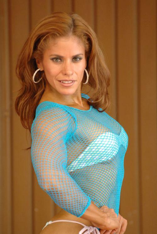 Mujeres musculosas, Consuelo Rojas