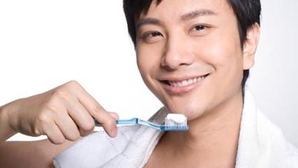 Nuevo dentífrico para unos dientes blancos