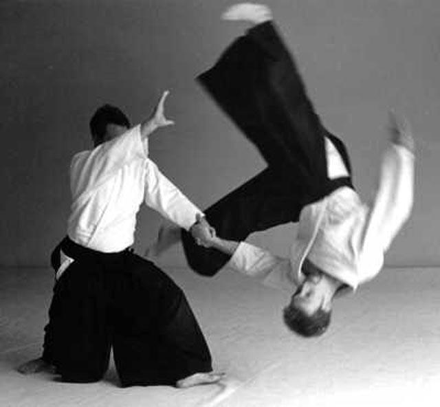 Beneficios corporales con la práctica de  Aikido