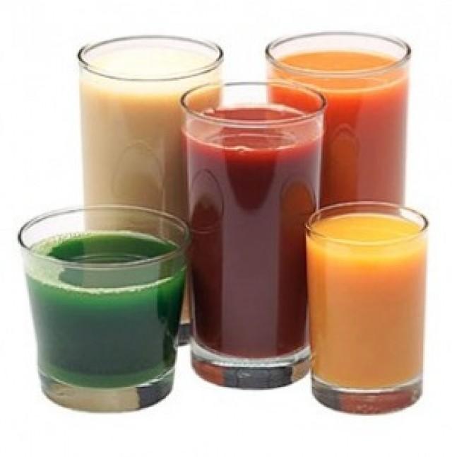 Los jugos y las bebidas en el almuerzo