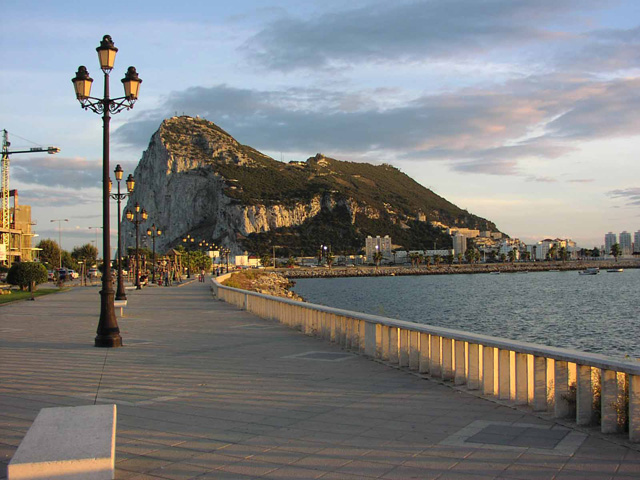 Viajar a Gibraltar un fin de semana diferente