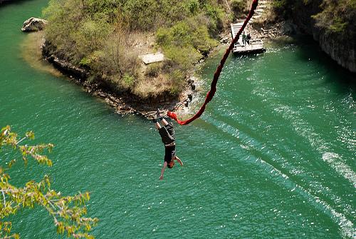 Los mejores lugares para practicar bungee jumping