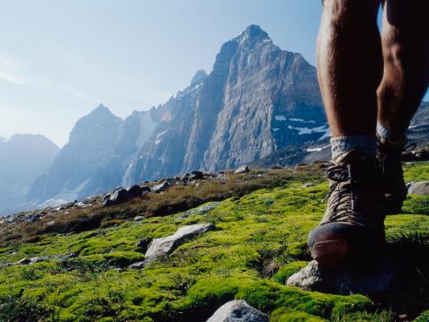 Unas botas de montaña en acción