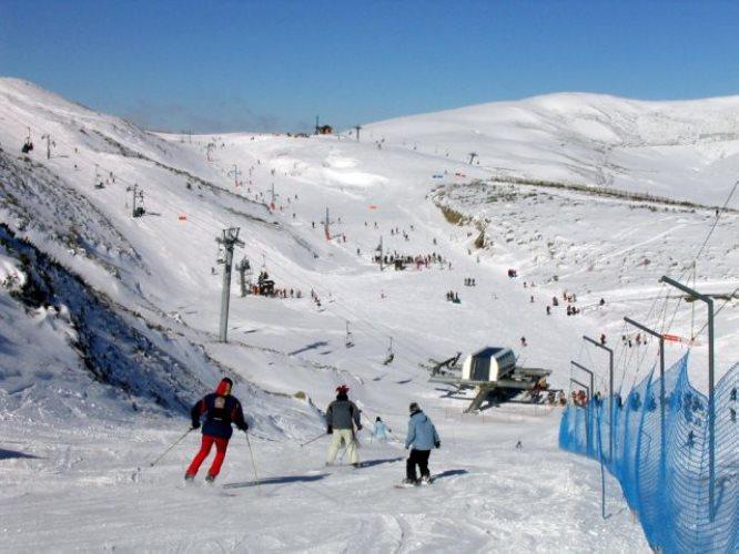 Creación de la mayor estación de esquí del Cantábrico