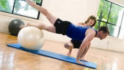 Ejercicios Pilates para piernas, caderas y estabilidad