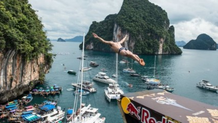 Red Bull Cliff Diving 2014