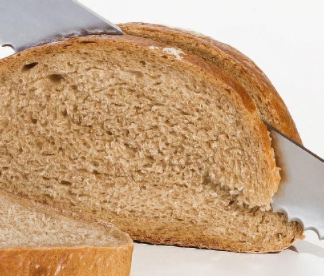 Cinco buenas razones para comer pan a la hora de adelgazar
