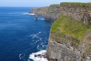 Mountain Bike por el acantilado de Cliffs of Moher, Irlanda