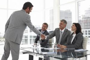 Cómo controlar el lenguaje corporal en una entrevista de trabajo