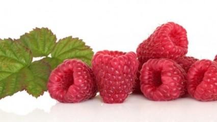 Una alimentación dietética para el adelgazamiento del menú para un mes por días