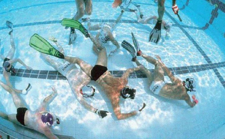 Hockey subacuático