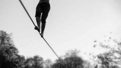 Slackline, equilibrio sobre una cuerda