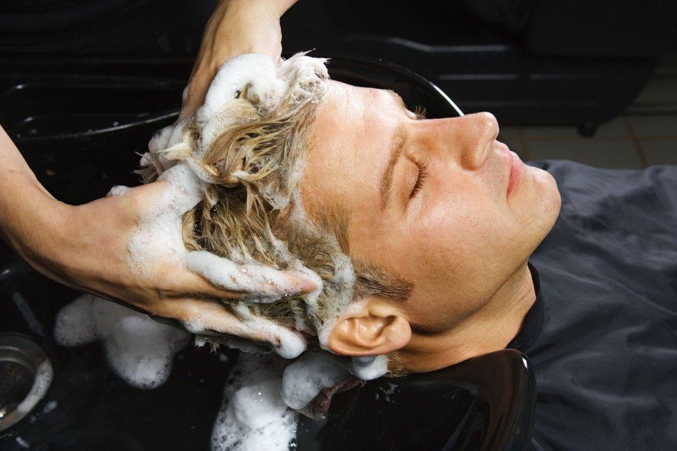 Cuidado correcto del cabello, la preocupación de muchos hombres