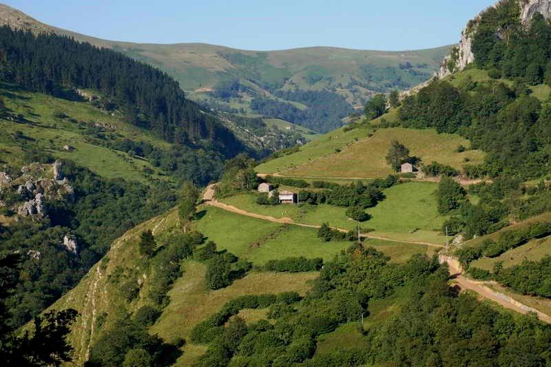 Descubre los Valles Pasiegos, Cantabria